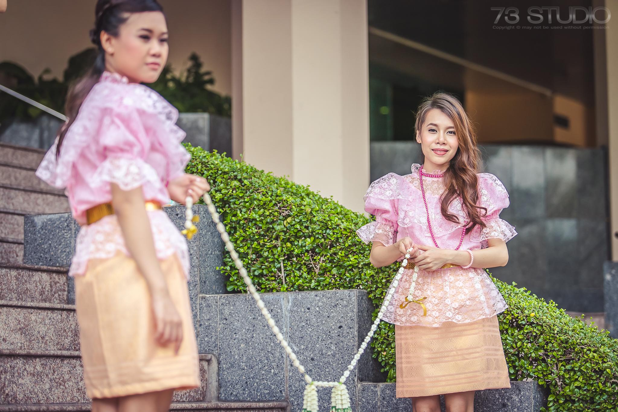 ช่างภาพ พิธีงานแต่งงาน งานเลี้ยงงานแต่งงาน Tel. 08 2255 7771